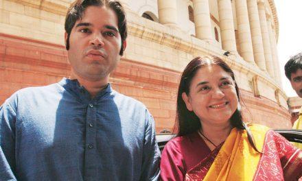 बीजेपी छोड़ कांग्रेस का दामन थामेंगे मेनका और वरुण गांधी ?
