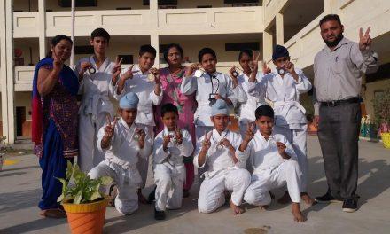 कराटे चैैंपियनशिप में सेंट सोल्जर स्कूल ने लहराया परचम
