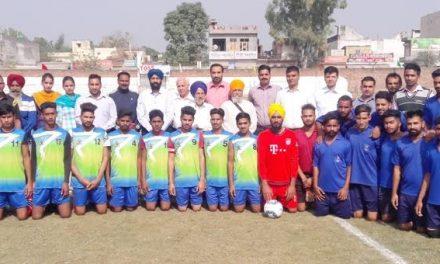 खालसा कालेज में पंजाब युनिर्वसिटी इंटर कालेज फुटबॉल टूर्नामैंट आरंभ