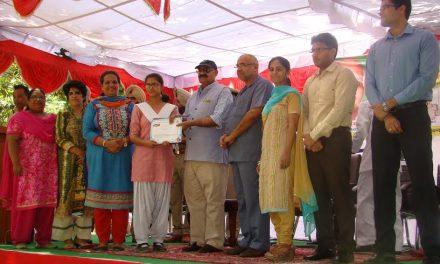 पानी व वृक्षों की संभाल के लिए संयुक्त प्रयासों की जरूरत : राजपाल