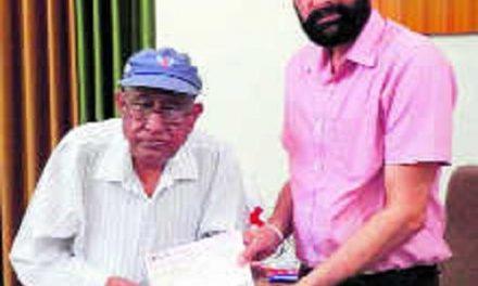 NRI ने रेड क्रॉस को दान दिए 1.22 करोड़ रुपए