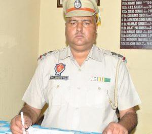 बलविंदर पाल सिंह ने माहिलपुर थाना प्रभारी  के तौर पर पदभार संभाला।