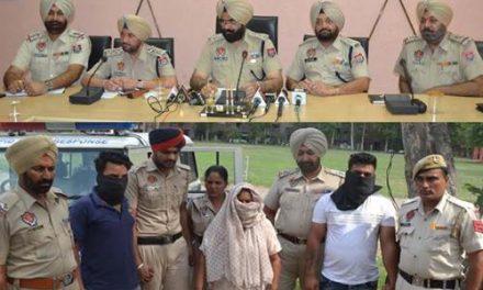कत्ल के मामले की गुत्थी पुलिस ने 72 घंटे में सुलझाई, पत्नी सहित 2 गिरफ्तार