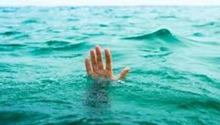 धार्मिक स्थान के सरोवर में डूबने से छात्र की मौत
