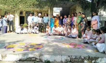 सरकारी सीनियर सैकेंडरी स्कूल महिलावाली में सोहना स्कूल मुहिंम का आरंभ