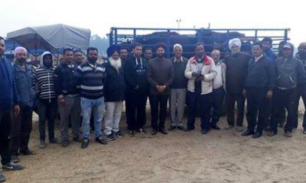 सरकारें व प्रशासन आवारा पशुओं के आतंक को रोकने में नाकाम: सचदेवा