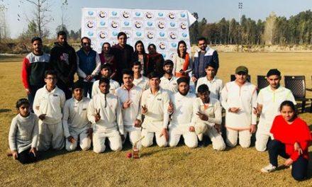 3 दिवसीय अंडर 19 क्रिकेट टैस्ट मैचों  की  श्रृंखला में सीएंडबी. स्पोर्टस  अकादमी की टीम  विजयी