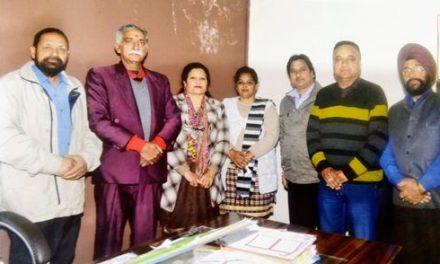 कैंसर के मरीजों के लिए बाली की अध्यक्ष्ता में शिष्टमंडल सिविल सर्जन से मिला