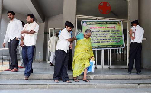 नए मेडिकल विधेयक के प्रावधानों से पीछे हटने के तैयार नहीं केंद्र सरकार, नाराज़ डॉक्टरों की देशव्यापी हड़ताल, मरीज़ परेशान