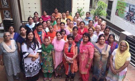 भाजपा महिला मोर्चा ने रानी लक्ष्मी बाई की पुण्यतिथि पर किया समारोह का आयोजन