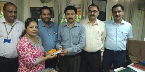 डा. ममता को LIC ने किया सम्मानित