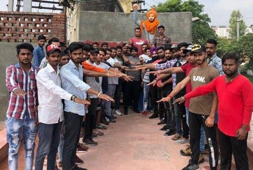 शहीद भगत सिंह जी के जन्म दिवस पर बजरंग दल ने श्रद्धासुमन भेंट किये