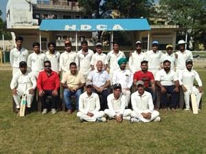 इंटर कॉलेज क्रिकेट टूर्नामैंट में सरकारी कालेज बना जोन विजेता