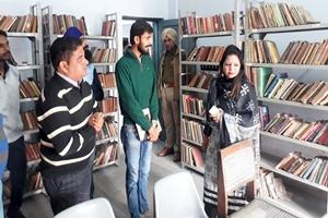 ए.डी.सी. ने जिला लाईब्रेरी का किया दौरा कर किया किताबों का निरीक्षण