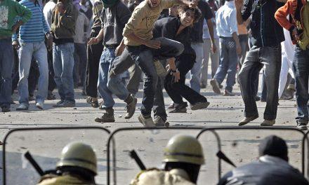 कश्मीर में सुरक्षाबलों की जिंदगी आसान नहीं है