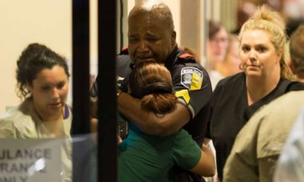 टेक्सास में नस्लीय भेदभाव के चलते हुए प्रदर्शन