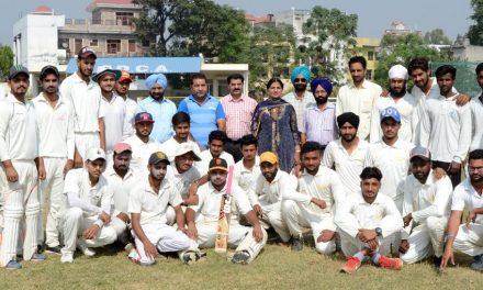 सरकारी कालेज होशियारपुर ने जे.सी.डी.ए.वी. कालेज दसूहा को 206 रन से हराया