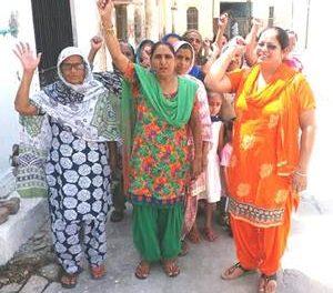 भ्रूण हत्या के विरुद्ध रैली मख़सूस पुर में निकाली गई।