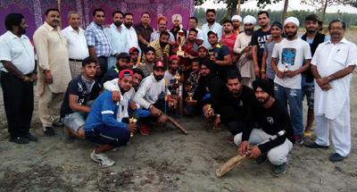 वार्षिक क्रिकेट टूर्नामेंट  खन्ना क्लब के नाम