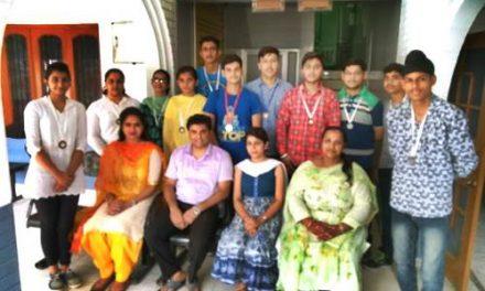 शिक्षा के साथ -साथ छात्रों की प्रतिभा को उभारने के लिए भी सेंटर द्वारा विशेष कदम उठाए जा रहे है – डॉ. सरीन