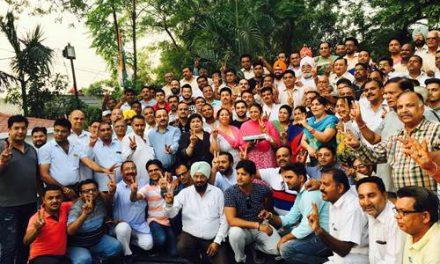 मोदी की नीतियों को नकार जाखड़ को जिताकर जनता ने दिया है सूझबूझ का परिचय: विधायक अरोड़ा