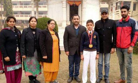 राष्ट्रीय कराटे प्रतियोगिता में एसएवी जैन डे बोर्डिंग के छात्र ने फहराया परचम