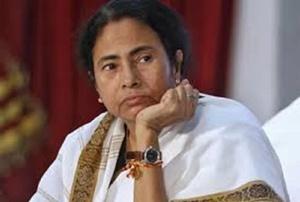 ममता ने 'मोदी केयर' पर उठाए सवाल, योजना को 'न' कहने वाला पहला राज्य बना पश्चिम बंगाल