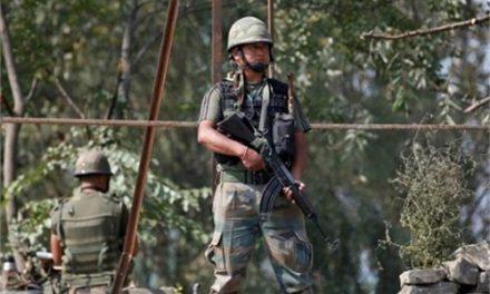 LoC पर पीछे हटने के मूड में नहीं भारतीय सेना, बना रहेगा पाक पर दबाव