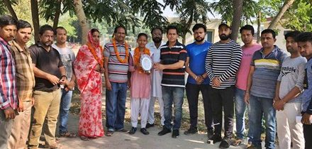 शहीद भगत सिंह वैल्फेयर सोसायटी ने छात्रा पुष्पा को किया सम्मानित