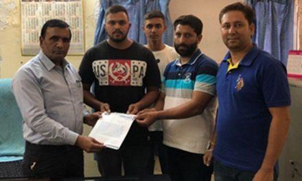 समाज सेवक सभा  ने जिला स्वास्थ्य अधिकारी सेवा सिंह होशियारपुर को एक मांग पत्र सौंपा