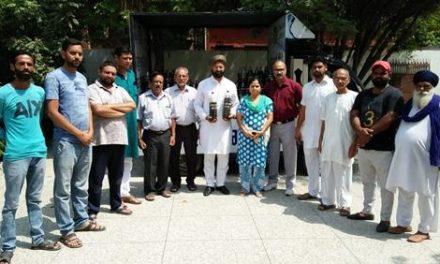 पंजाब में गंदे पानी के मुद्दे को लेकर 117 विधायकों, 13 सांसदों को देंगे पानी के सैंपल: सचदेवा