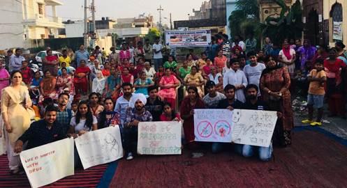 रयात बाहरा के छात्रों ने वार्ड -13 में नशों के विरोध में नाटक का मंचन किया
