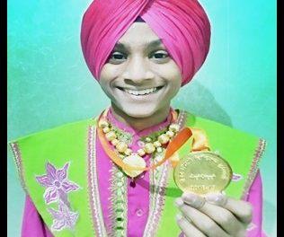 अनमोलप्रीत ने लोकगीत मुकाबलों में जीता स्वर्ण पदक