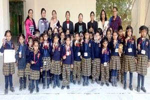 एसएवी जैन डे बोर्डिंग स्कूल में स्टोरी टेलिंग प्रतियोगिता आयोजित
