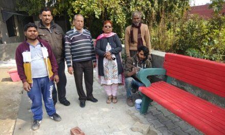 पार्षद राकेश सूद ने वार्ड के विकास कार्यों का लिया जायजा