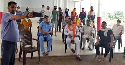 विधायक आदिया ने जानी जनौड़ी निवासियों की समस्याएं :