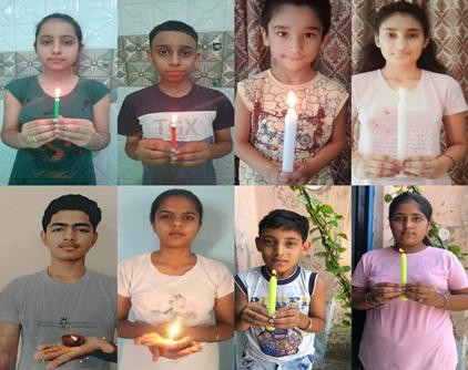 छात्रों ने इंडो-चाइना सीमा पर शहीद हुए सैनिकों को दी श्रद्धांजलि :