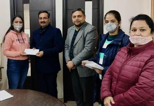 रयात बाहरा लॉ कॉलेज के 15 छात्र पंजाब यूनिवर्सिटी की मेरिट लिस्ट में शामिल