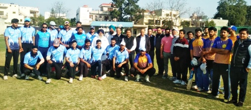 चार दिवसीय 6वां ठाकुर बरियाम सिंह यादगारी आल इंडिया टी-20 क्रिकेट टूर्नामैंट की हुई शुरुआत